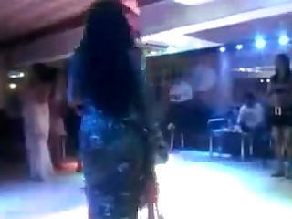 Dancing Exotic Indian Mammy Striptease