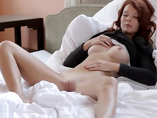 Crazy Fisting Indian Kiss
